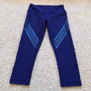 NWT, 90 Degree by Reflex Blue Capri Leggings.